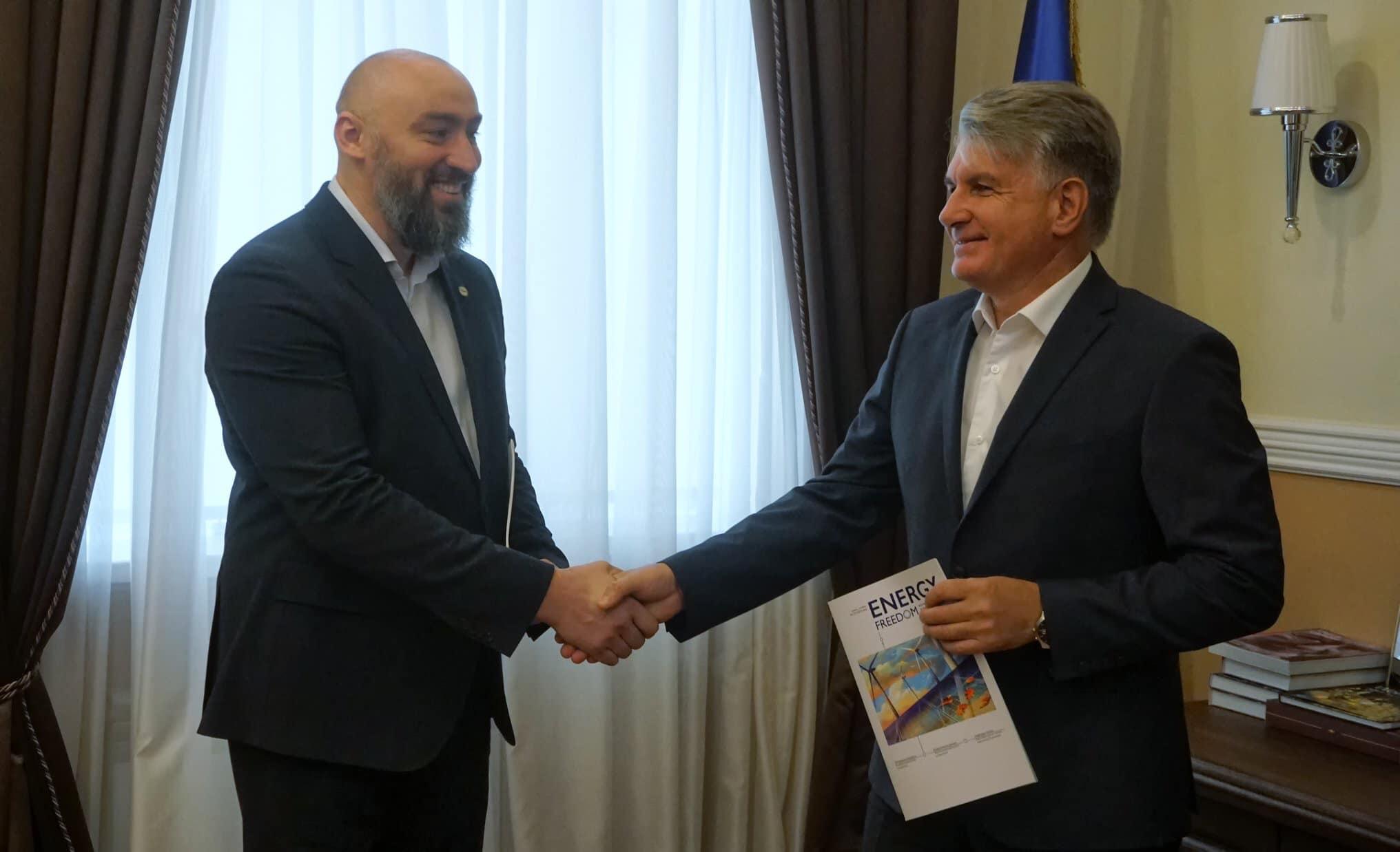 Держгеонадра та Energy Club підписали меморандум про взаєморозуміння та співпрацю.