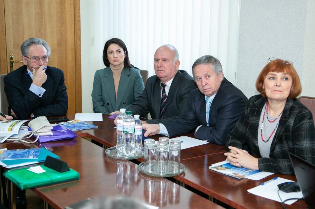 Спеціалісти Геологічної служби США відвідали УкрДГРІ