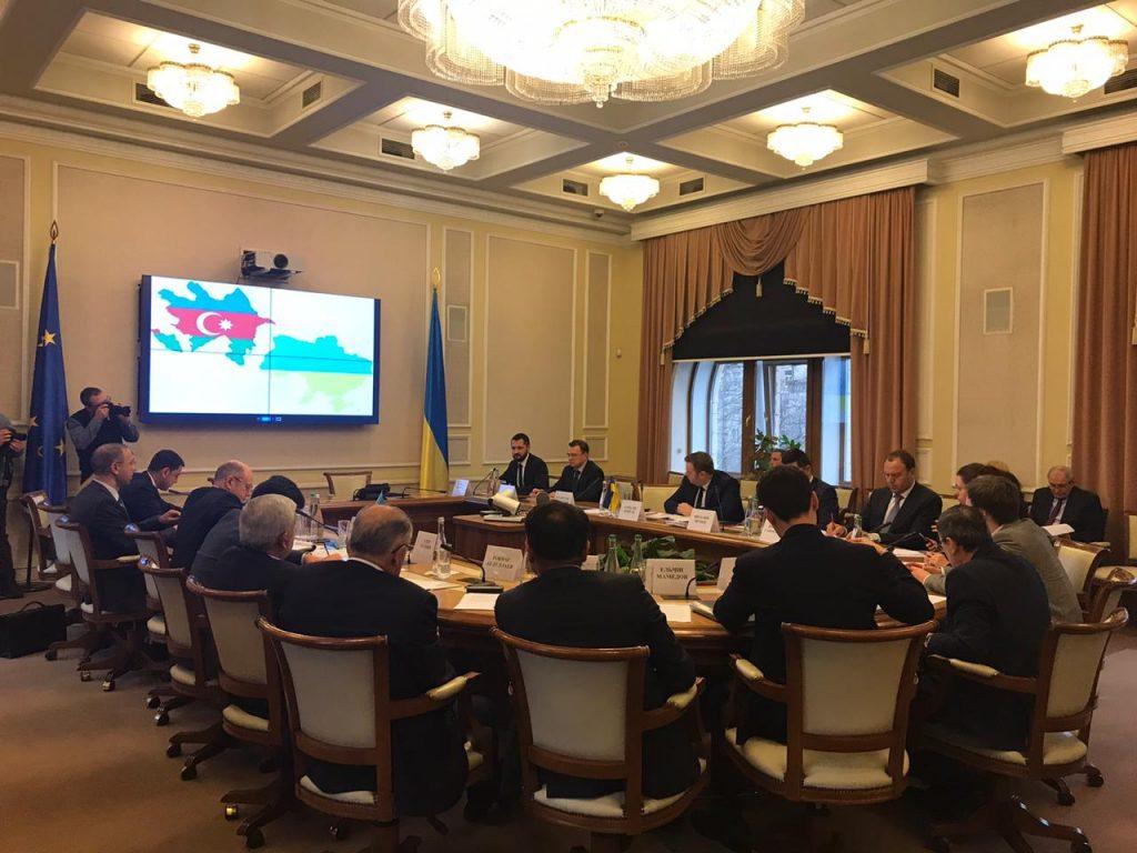 Україна залучатиме азербайджанських інвесторів у видобувну галузь
